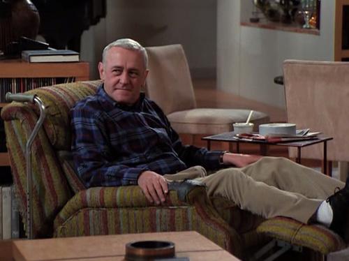 https://furnitureconnexion.files.wordpress.com/2012/07/frasier-chair-via-maeby_tumblr.jpg?w=676