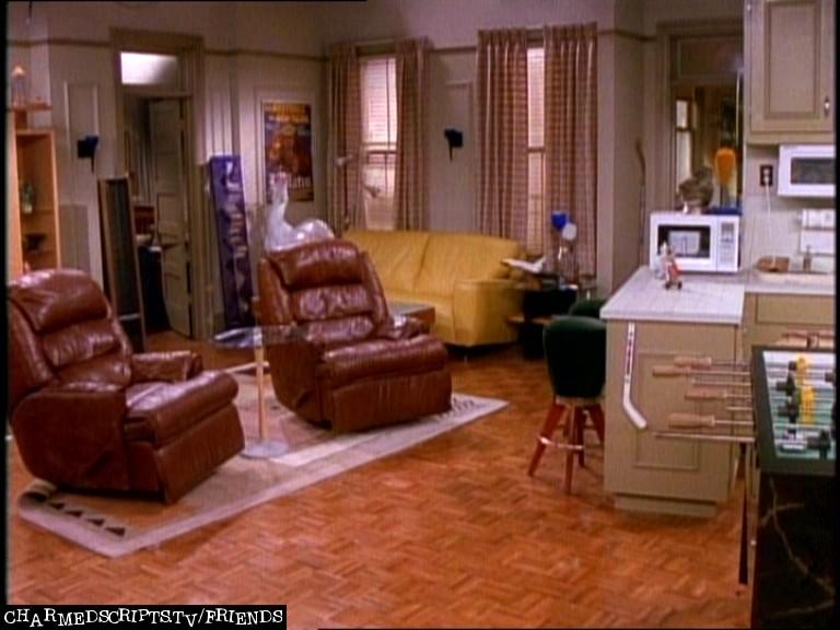 фотография из квартиры чендлера восьмого июня